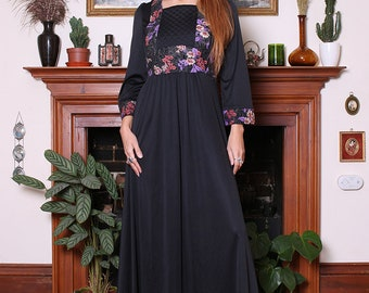 Vintage 70s Black Floral Peasant Maxi Dress S-M
