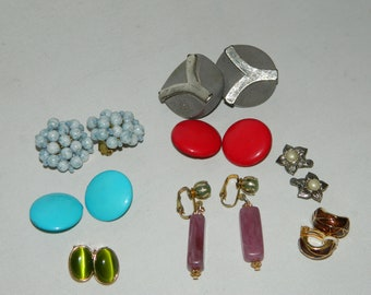 8 x Pairs Of Vintage Clip On Style Earrings Bundle
