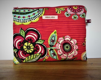 RED FLORAL CLUTCH