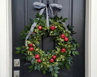 DOOR WREATHS SUMMER, Apple Wreath, Red Apple Wreath, Boxwood and Apples, Apple Decorations, Summer Door Wreaths, Front Porch Wreaths