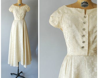 Auburn and Ivory dress • 1950s wedding gown