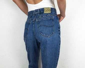 Lee Jeans High Waisted Jeans Size 28   Vintage Lee Jeans for Women Size 6   Vintage Mom Jeans Size 28   90s Jeans Size 28   Jeans Size 6