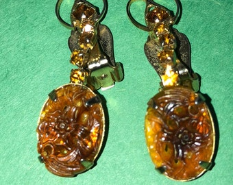 Art Deco Citrine Floral on Gold tone Dangle  Clip-on Earrings/36mm/ Stone is 10 x 15mm/Gold tone/Very Nice<>#BCEB-878
