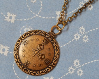What's The Time Clock Pendant Necklace