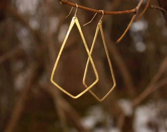 Geometric hammered brass earrings
