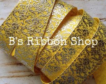 "7/8"" Silver Foil Damask on Daffodil USDR grosgrain ribbon"