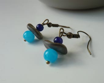 Earrings lagoon glass bead turquoise and blue, bronze details.