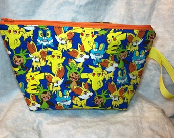 Pokemon Medium zip top cotton bag with Pikachu, Chespin, Fennekin and Froakie