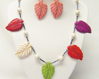 Multicolor Natural Stone Leafs Necklace/Earrings Set