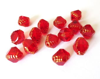 4 beads Czech glass 10x8mm Argyle red currant antique Polished transparent/Gold