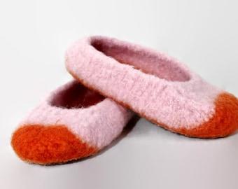 Childs pink and orange felted wool slippers US size 3