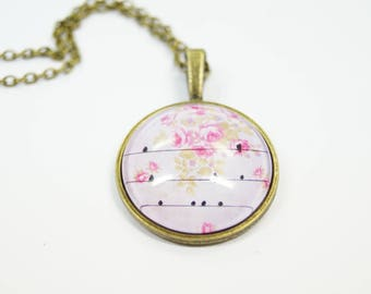 Necklace birds pink