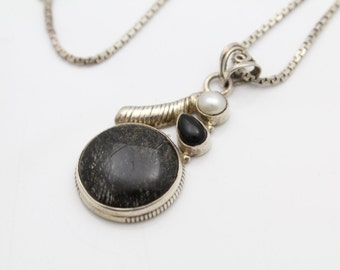 """Artisan Pendant with Rutilated Quartz on 18"""" Box Chain in Sterling Silver. [9442]"""