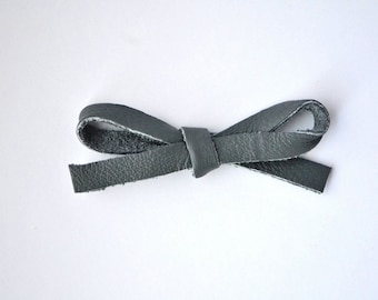 True Grey LARGE Leather Bow Clip Adorable Photo Prop for Newborn Baby Little Girl Child Adult Fall Spring Summer Winter Headwrap Pretty Bow