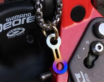 Pendant Titanium Bike-Link/Recycled