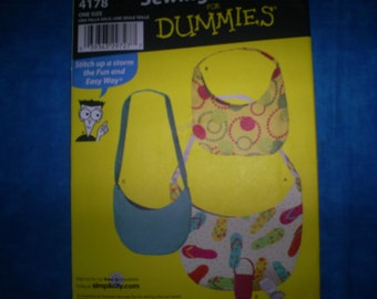 Simplicity 4178 Dummies Bags and Cell Phone Holder.