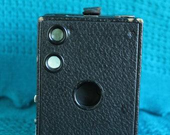 Kodak Brownie no 2 A model B 116 film camera