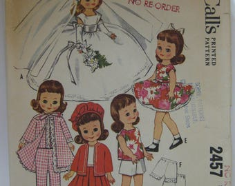 McCalls 2457 vintage Doll Clothes Pattern