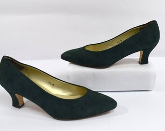 Bandolino Vintage 80s Green Suede Leather Classic Pump Heels Size 7.5M Made in Spain