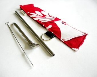 Reusable stainless steel straw and teaspoon in holder. Pouch.