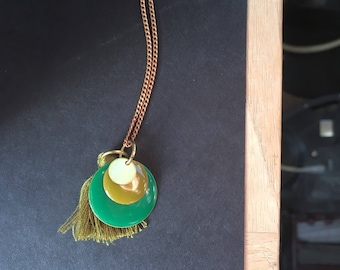 Necklace circle green Colors