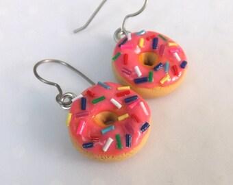 Donut Earrings , Food jewelry, Fairy Kei earrings, Cute earrings, Fun Earrings, Donut jewelry, Titanium, Quirky Earrings, Fun Dangles