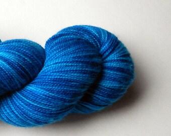 Hand dyed blue turquoise 100% merino superwash sock yarn