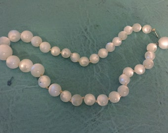 SALE Vintage white moonstone beaded necklace