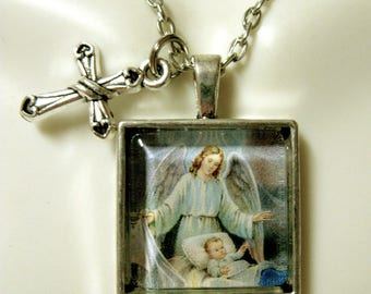 Guardian angel pendant and chain - AP28-037