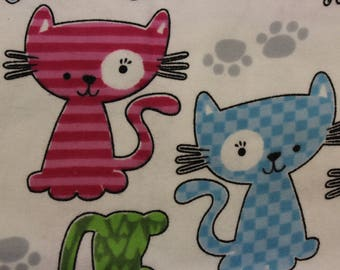 """Cute Kitties on white  100% Flannel cotton fabric   42""""-44"""" wide"""