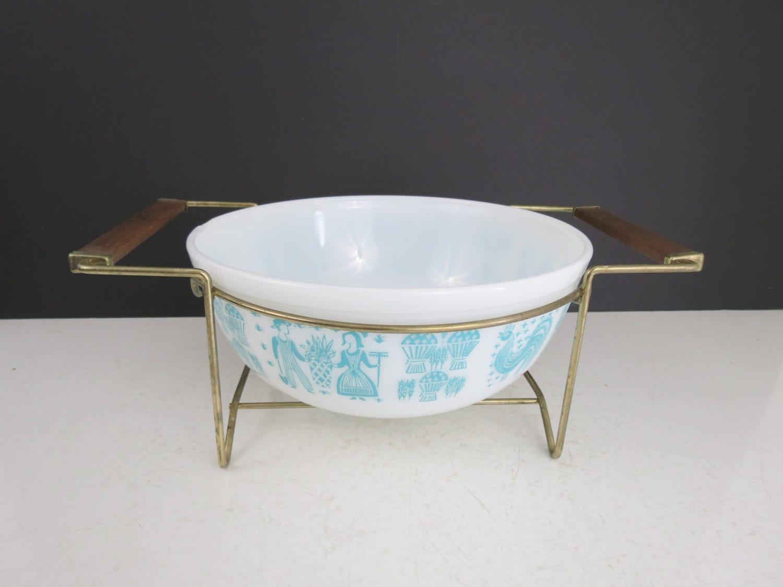 Pyrex Mixing Bowl Cradle // Vintage Gold Metal Casserole Dish ...
