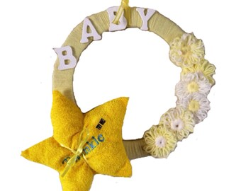 Baby Shower Wreath- Yellow and White Baby Boy, Baby Girl, Baby Gender Neutral Yarn Wreath with Star Toy