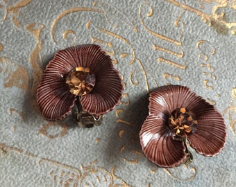 Vintage Lisner Copper Rhinestone Brown Enamel Leaf Clip Earrings