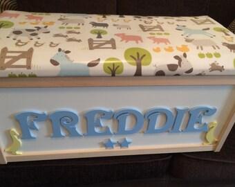 Farm animals. Animals. Personalised  toy box. Farmyard toy box. Nursery toy box. New baby. New born. Furniture. Nursery furniture.
