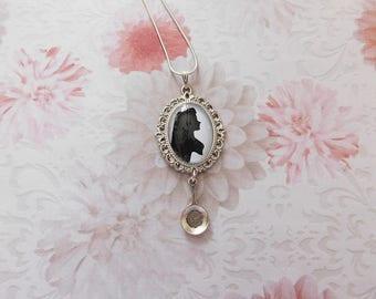 """""""Rapunzel"""" glass cabochon pendant necklace"""