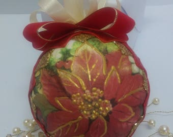 Christmas star decoration/ No sew quilted ornament/ Red and ivory quilted ball