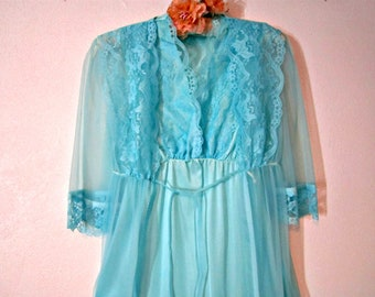 Set of Nightgown and Robe, Blue Chiffon, Size M