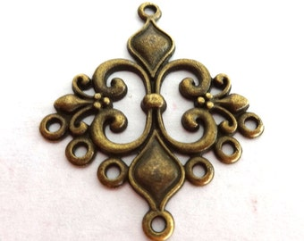 2 Beautiful Antique Bronze Fleur de Lys Connector/Link/Charm/Pendant