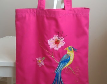Bright summer bag with machine embroidery, Beach bag, lined.