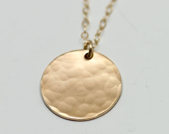 Hammered gold disc necklace - simple gold necklace - delicate gold jewelry - hammered gold jewelry - dainty gold necklace - gold filled