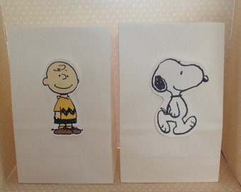 Peanuts, Snoopy, Charlie Brown Party Favor Bags - Set of 10