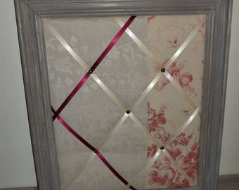weathered old peeling mele frame
