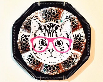 Hipster Kitty Cat with Pink Glasses • Kitsch • Repurposed Vintage China Wall Plate • Home Decor • Cat Lady • Animal Lover