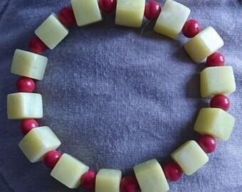 Serpentine & Red Quartz Stretch Bracelet