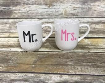 Mr. and Mrs. Coffee Mug Set. Gift for couple. Coffee lover gift. Couple's coffee mugs. Anniversary gift. Wedding gift.