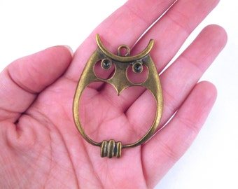 Large owl pendant charms, brass plated 55x39mm (pick your amount), D252