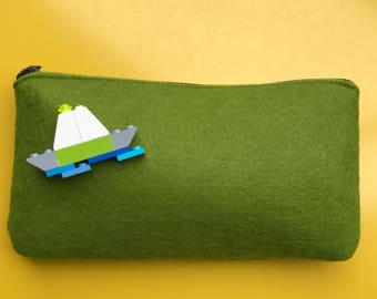 PET recycling 100% felted clutch obtained from building bricks decorated with
