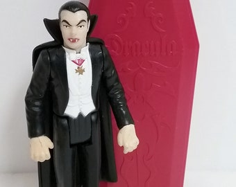 Toys- Universal Monsters DRACULA with Coffin