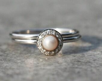 Halo Engagement ring, White pearl ring in 14k gold, Diamond Engagement ring, Wedding ring set, Halo ring, Bridal ring, Wedding band