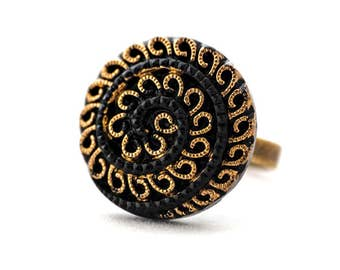 Adjustable vintage ring made from 30s glass button brass black and golden colored - Armance